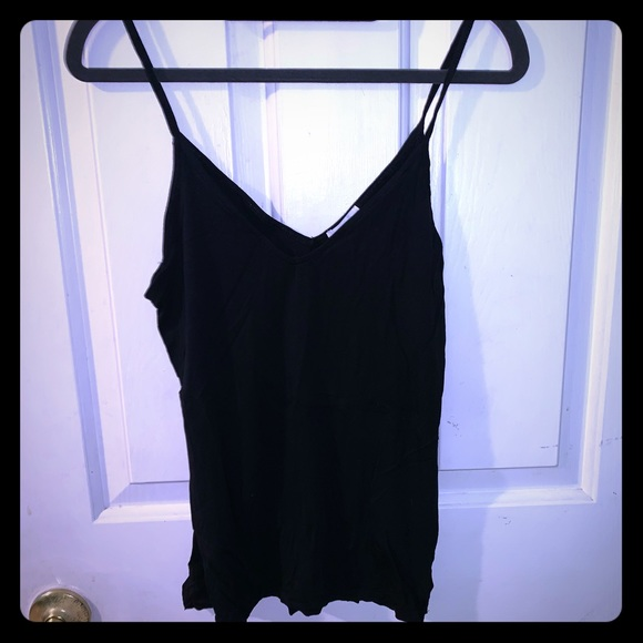 Old Navy Tops - Old navy black tank